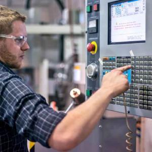 Manutenção de equipamentos cnc